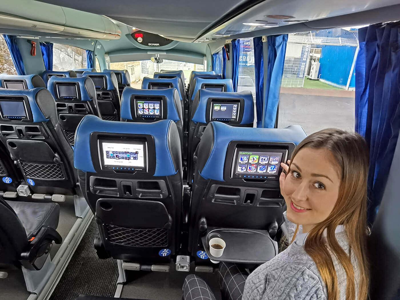 prostredi-autobusu-fajnbus1